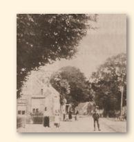 Straatbeeld in het dorp Finsterwolde, omstreeks 1900